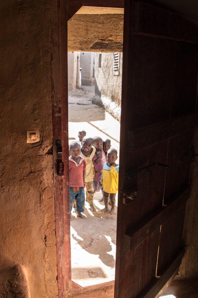 Djenné, the kids are always waiting for us